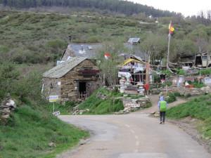 Albergue: No electricity, no bathrooms = no stay